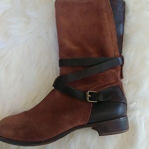 Ugg Deanna Boots size 8